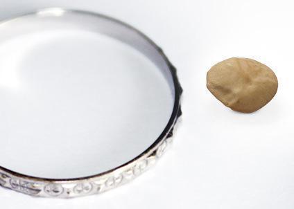 via: http://brasil.babycenter.com/l5900076/de-sementinha-a-ab%C3%B3bora-que-tamanho-tem-o-beb%C3%AA#/3